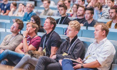 RHIVE Festival in Köln mit erfolgreichen Speaker und schlauen Studenten